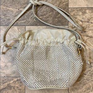 Vintage Whiting &Davis White Chain Mesh Bucket Bag